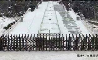 黑龙江海林报恩寺伸缩门工程案例 - 牡丹江中出网-城市出入口设备门户
