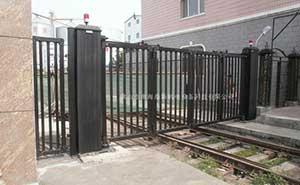 吉庆粮油有限公司智能无轨悬浮门工程案例 - 佳木斯中出网-城市出入口设备门户