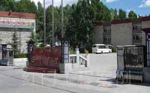 拉萨西藏宾馆电动伸缩门案例 - 拉萨中出网-城市出入口设备门户