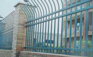 鋅钢护栏 - 锌钢护栏单向弯头型 - 济南中出网-城市出入口设备门户