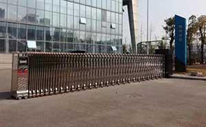安庆市体育中心电动伸缩门案例