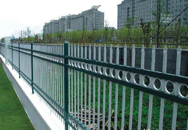 鋅钢护栏 - 锌钢围墙护栏 - 南京中出网-城市出入口设备门户