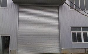 不锈钢卷帘门 - 不锈钢卷帘门 - 青岛中出网-城市出入口设备门户