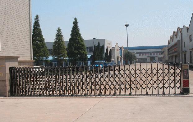 宁波市五一培训学校项目与宁波出安智能再度合作引进伸缩门
