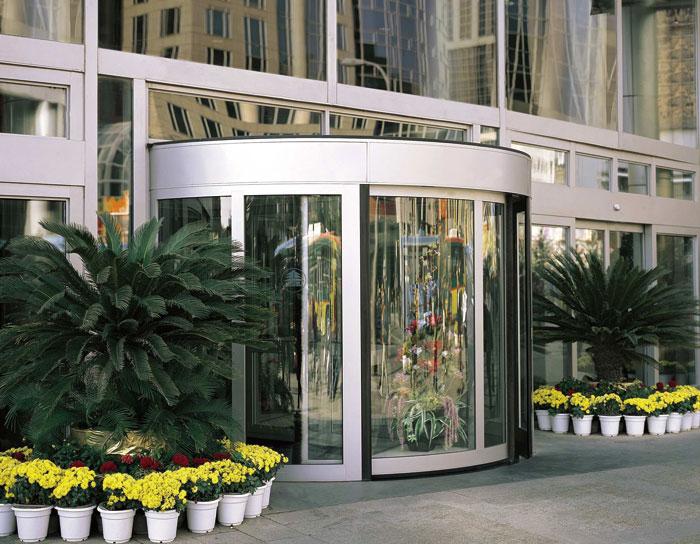 旋转门 - KA220-豪华两翼自动旋转门 - 厦门中出网-城市出入口设备门户