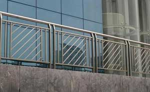 不锈钢护栏 - 不锈钢护栏 - 金华中出网-城市出入口设备门户
