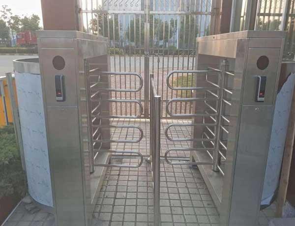 喜迎常德出安智能通道闸进驻湖南省重庆啤酒有限责任公司