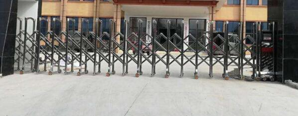 廊坊出安智能伸缩门安装在康桥知园大门口