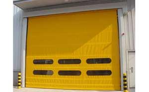 车间门口堆积门