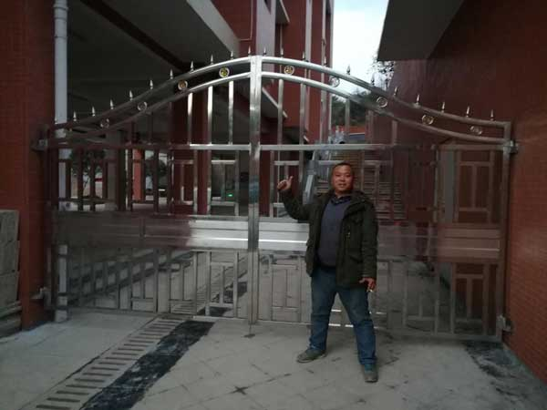 郴州翰林学府庭院大门案例 - 郴州中出网-城市出入口设备门户
