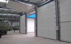 日照市新星陶瓷加工厂卷帘门案例 - 日照中出网-城市出入口设备门户