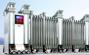 不锈钢伸缩门 - 精钢门G301B(双立柱) - 开封中出网-城市出入口设备门户
