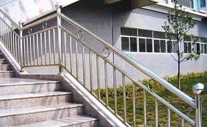 不锈钢护栏 - 不锈钢护栏5 - 开封中出网-城市出入口设备门户