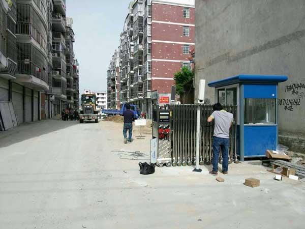 黄冈碧桂园电动伸缩门案例 - 黄冈中出网-城市出入口设备门户