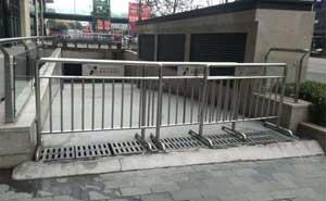 不锈钢护栏 - 不锈钢护栏3 - 六安中出网-城市出入口设备门户