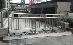 不锈钢护栏 - 不锈钢护栏3 - 北海中出网-城市出入口设备门户