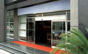 自动感应门 - 自动感应门 - 鄂州中出网-城市出入口设备门户