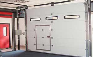 快速提升门 - 快速提升门 - 鄂州中出网-城市出入口设备门户