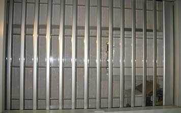 铝合金卷帘门 - 铝合金折叠门 - 中出卷帘门网