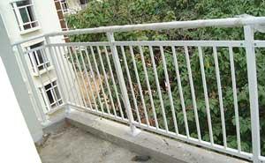鋅钢护栏 - 锌钢阳台护栏 - 儋州中出网-城市出入口设备门户