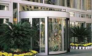 旋转门 - KA220-豪华两翼自动旋转门 - 固原中出网-城市出入口设备门户