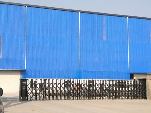 荆门龙宇石化有限公司伸缩门案例 - 荆门中出网-城市出入口设备门户