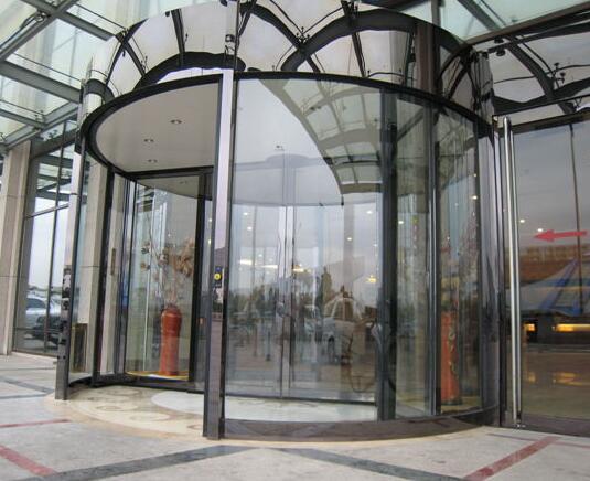 两翼旋转门 - 两翼镜面自动旋转门 - 北京中出网-城市出入口设备门户