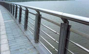 不锈钢护栏 - 不锈钢复合管护栏 - 重庆中出网-城市出入口设备门户