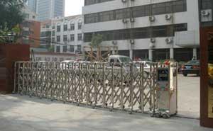 刑警支队电动伸缩门工程 - 南京中出网-城市出入口设备门户