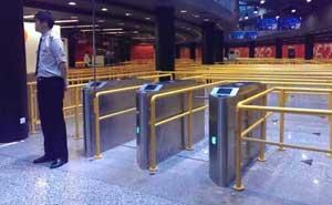 上海东方明珠电视塔三辊闸案例 - 上海中出网-城市出入口设备门户