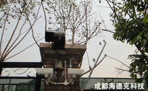 重庆金科电子围栏安装工程实例 - 重庆中出网-城市出入口设备门户