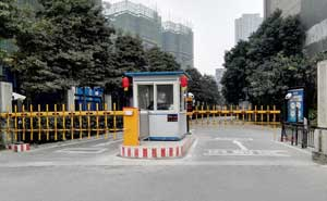 成都八号公馆车牌识别系统案例 - 成都中出网-城市出入口设备门户