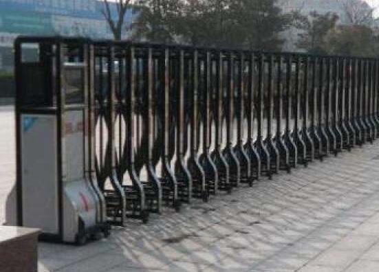 邢台市建筑工程学校项目与邢台出安智能再度合作引进电动伸缩门